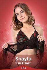 Shayla/Pale Flower